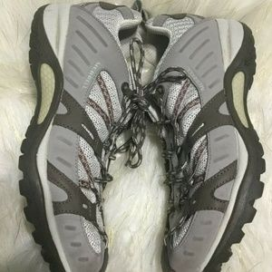 Merrell Hiking Trail Athletic Shoe Size 10